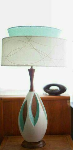 11 Mid-century-Modern Furniture Brands You Should Know Mid Century Modern Lamps, Mid Century Lighting, Mid Century Decor, Mid Century Modern Furniture, Mid Century House, Mid Century Modern Design, Mid Century Style, Design Lounge, Retro Furniture