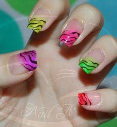 Colorfull Zebra nails (i can tottally do this -kiki-