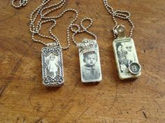 domino necklaces 1 photo and 2 stamped - NT - NV Jewelry Crafts, Jewelry Art, Beaded Jewelry, Jewelry Accessories, Vintage Jewelry, Bead Crafts, Resin Jewelry, Diy Crafts, Domino Crafts