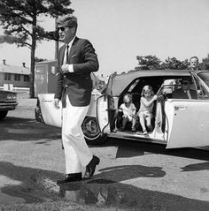 JFK and his children on The Cape.