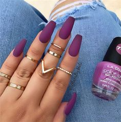 Hottest Fall Frosted Coffin Nails Designs Are you still looking for the best matte nails this fall? Look at our carefully prepared hottest fall frosted coffin nails designs. Hope to give you a lot of inspiration. La Colors Nail Polish, One Color Nails, Best Nail Polish, Best Nails, Matte Nail Colors, Matte Nail Art, Coffin Nails Matte, Best Acrylic Nails, Matte Purple Nails