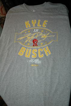 KYLE BUSCH NASCAR 18 WEATHERED SHORT SLEEVE T SHIRT NEW