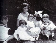 Rose with five of her children; Joe Jr, Jack, Rosemary, Kathleen, and Eunice