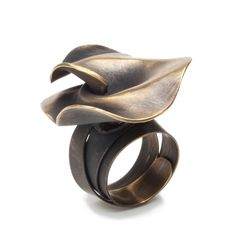 """Ring   Marina Massone. """"Rose collection""""  Bronze plated"""