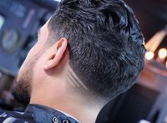 Neck Taper Shaved Lines Design. The neck taper is a cool and clean cut finish for any men's hairstyle. This quick fade at the hairline is on trend and looks good while growing out. Stylish Haircuts, Cool Haircuts, Haircuts For Men, Taper Fade Haircut, Tapered Haircut, Haircut Designs For Men, Shaved Hair Designs, Barbers Cut, Faded Hair