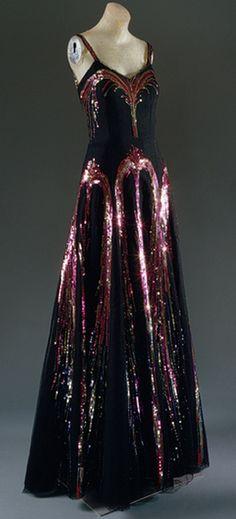 Chanel Fireworks Dress 1938 Design by Coco Chanel Black silk net with po - Chanel Dresses - Trending Chanel Dress for sales - Chanel Fireworks Dress 1938 Design by Coco Chanel Black silk net with polychrome sequins Vintage Mode, Moda Vintage, Vintage Gowns, Vintage Outfits, 1930s Fashion, Moda Fashion, Fashion Week, Fashion Vintage, Trendy Fashion