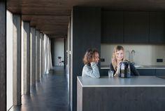 Thomas Kröger Architekten: Schwarzes Haus — Thisispaper — What we save, saves us.