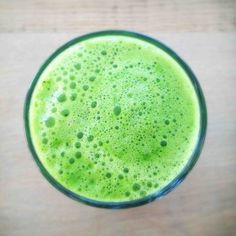 Glowing Skin Detox Juice By Julie Van den Kerchove  Yield: 1 serving  2 small sweet apples ½ large cucumber ½ small lime 2 handfuls of kale (or spinach, chards, collard greens, etc.) 2 handfuls of parsley 1. Add apple, cucumber, lime, kale and parsley to your juicer.  2. Pour into a glass and enjoy!