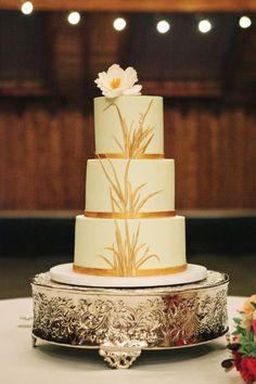 Culturally Vibrant Wedding at Kiana Lodge | Lily K Photography | seattlebridemag.com | New Renaissance Cakes | mint and gold wedding cake