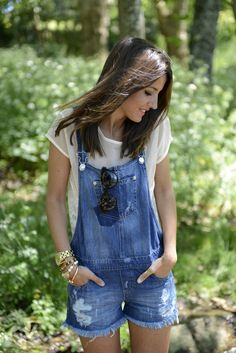 Overall shorts are so great. Wear this any day with a t-shirt and you have a cute outfit with no effort!