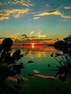 Sunrise over Bondi Beach, Sydney, Australia - #TravelPinspiration on our blog: www.ytravelblog.c...