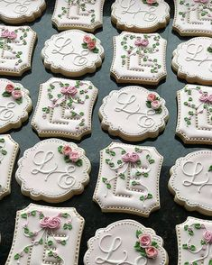 Wedding Favors Cheap, Wedding Favours, Monogram Letters, Baby Shower, Cookie Decorating, Sugar, Instagram Posts, Desserts, Party Ideas