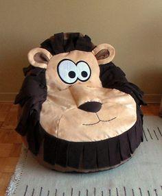 POUF animaux pour enfants  décoration des par LeMondeBigBang, $150.00