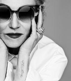 Linda Rodin photo shoot