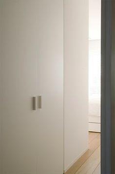 dm residence by vincent van duysen - door hardware