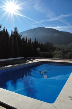 Villa Ana close to Villanueva del Trabuco. This is a tennis villa with a 12m pol available for rent.