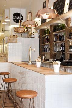 Bocadillo de jamón y champán, Madrid