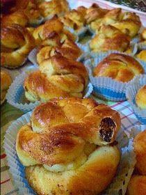 Sweet Buns, Sweet Pie, No Bake Desserts, Dessert Recipes, Food Gallery, Greek Recipes, Cinnamon Rolls, Kids Meals, Food And Drink