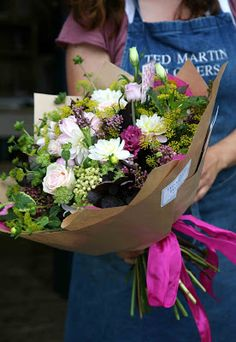 A beautiful bunch of flowers for you Dee. I hope you have a wonderful week, sit… How To Wrap Flowers, Bunch Of Flowers, My Flower, Fresh Flowers, Beautiful Flowers, Flower Boutique, Bouquet Wrap, Flower Packaging, Flower Market