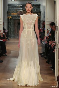 tony ward couture spring 2014 pale yellow gown