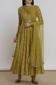 Buy Chanderi Anarkali Set by Priyal Prakash at Aza Fashions Designer Party Wear Dresses, Kurti Designs Party Wear, Indian Designer Outfits, Designer Clothing, Pakistani Dress Design, Pakistani Outfits, Indian Outfits, Ethnic Outfits, Indian Dresses