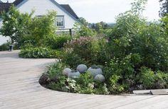 Disse to hagene må du bare se! Rooftop, Stepping Stones, Terrace, Sidewalk, Outdoor Decor, Plants, Gardening, Backyard Patio, House