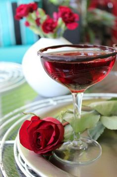 Chocolate Cherry Champagne Martini 1 Chocolate 300g, sweets 200g to 750mls of vodka. put through dishwasher. Sweets need to be chopped or put through a blender. After Eights / Chocolate / skittles, divided into colours / Werthers Original / Pear Drops/ Rhubarb and Custard /