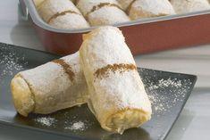 Mini Bougatsa Rolls with cream Greek Sweets, Greek Desserts, Greek Recipes, Semolina Cake, Sweet Pastries, Small Cake, Pastry Cake, Different Recipes, Tray Bakes