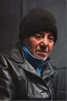 Unbelievable Photorealistic  Paintings by Javier Arizabalo