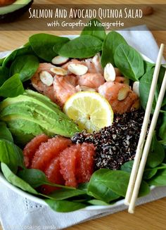 Healthy Salmon and Avocado Quinoa Salad with Grapefruit Vinaigrette | Del's cooking twist