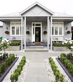 Ideas For Exterior House Curb Appeal Planters House Paint Exterior, Exterior Paint Colors, Exterior House Colors, Paint Colors For Home, Exterior Design, Bungalow Exterior, Architecture Renovation, Facade Architecture, Weatherboard House