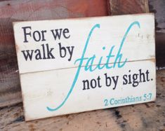 Religious Wall Decor Wood Sign Faith by HarrisSignStation on Etsy - Nenin Decor Pallet Crafts, Pallet Art, Pallet Signs, Wood Crafts, Diy Crafts, Pallet Ideas, Rustic Signs, Wooden Signs, Primitive Wood Signs
