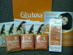 Paket Glutera Original  isi paket terdiri dari:      GLUTERA 18 sachets     BODY WASH GLUTERA 200ML (Sabun Badan)     TAS Glutera + katalog + Brosur2