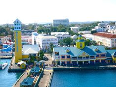 Tihis Nassau Bahamas Cruise Port Guide will share what you can do by the cruise port for free including a beach that is free to access!