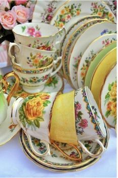 100% Quality Antique French Sevres Porcelain Cup & Saucer Set Hand Painted Sale Overall Discount 50-70% Decorative Arts Antiques