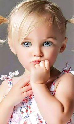 20 ideas fashion photography kids beautiful eyes for 2019 Beautiful Little Girls, Cute Little Baby, Baby Kind, Cute Baby Girl, Beautiful Children, Beautiful Babies, Cute Babies, Chubby Babies, Pretty Eyes