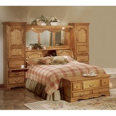 Country Heirloom Bookcase Headboard Size: King - http://headboardspot.com/country-heirloom-bookcase-headboard-size-king-594968851/