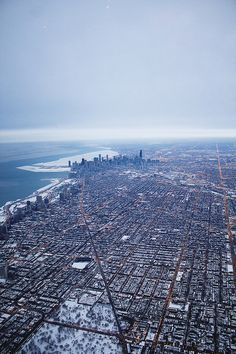 The windy city Milwaukee City, Chicago City, Chicago Skyline, Chicago Illinois, Cool Places To Visit, Places To Travel, City Aesthetic, Birds Eye View, Aerial View