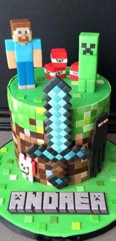 minecraft cakes for boys & minecraft cake ` minecraft cake ideas ` minecraft cake easy ` minecraft cake birthday ` minecraft cakes for boys ` minecraft cake pops ` minecraft cake cupcakes ` minecraft cake diy Minecraft Party, Pastel Minecraft, Minecraft Birthday Cake, Easy Minecraft Cake, Minecraft Cupcakes, Minecraft Crafts, Minecraft Skins, Minecraft Garden, Minecraft Room