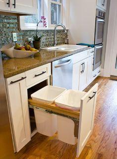 35 Best DIY Kitchen Storage Ideas For Small Kitchen Design at Your Home Kitchen Redo, Kitchen Dining, Kitchen Cabinets, Kitchen Ideas, Soapstone Kitchen, Island Kitchen, Kitchen White, Kitchen Cart, Kitchen Utensils