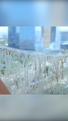 Cleaning your windows has never been SO EASY! 😍🏠 💦 Easily clean your windows on both sides hassle free. 💦 Sparkling windows, inside & out, with just a few swipes. Creating A Business Plan, Engineering Plastics, Things To Buy, Stuff To Buy, Gadgets And Gizmos, Window Cleaner, Useful Life Hacks, Coastal Style, Clean House