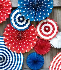Set-of-PATRIOTIC-hanging-PAPER-FANS-4th-of-July-party-decorations