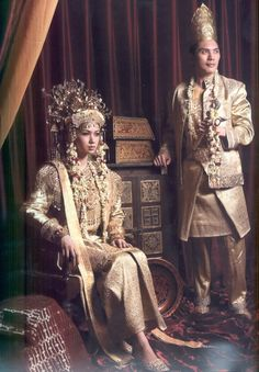 South Sumatra traditional wedding dress.