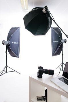 Making of Headshots - See how we do it. Photography Lighting Techniques, Food Photography Lighting, Photography Editing, Light Photography, Product Photography, Portrait Lighting, Photo Lighting, Fashion Lighting, Lighting Setups
