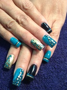 Gelish y tinta China sólo en FOR YOU 6561671797