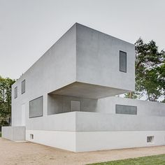 Bauhaus Masters' Houses reinterpreted by Bruno Fioretti Marquez