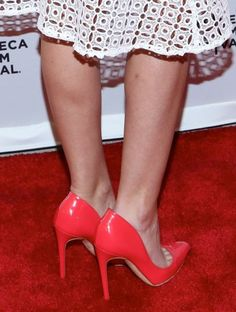 Anna Camp wearing these coral-colored leather Rupert Sanderson pumps at 'Goodbye To All That' premiere | Trend 911