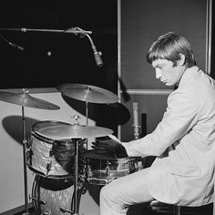Rollin Stones, Stone World, Charlie Watts, A Guy Who, Music Icon, Well Dressed Men, Back In The Day, Music Is Life, Rock Bands