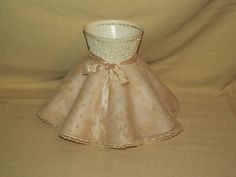 LAMP SHADE VINTAGE RUFFLED CLIP ON PLASTIC LACE FABRIC EMBOSSED PEACH OFF WHITE