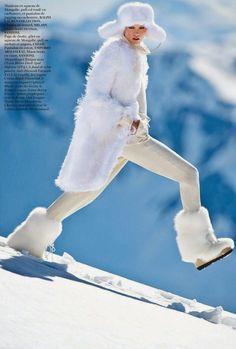 #KarlieKloss by #GillesBensimon for #VogueParis November 2014